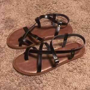 Mossimo supply co. Like new women's black sandals